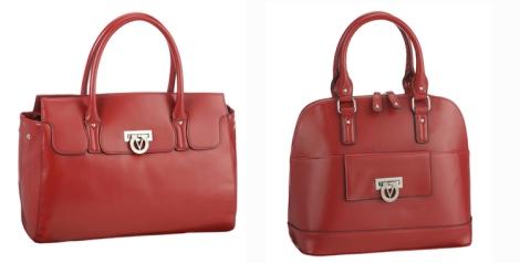 Dos modelos de bolsos de Valentino en color rojo disponibles en El Corte Inglés