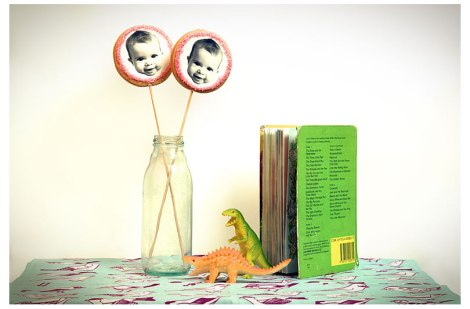 Galletas personalizadas con cara de bebé para bautizos de Carlotas