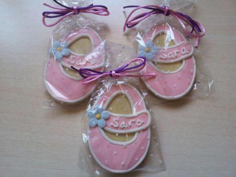 Propuesta de galletas 'zapatito' en esta ocasión para festejar el nacimiento de Sara, también de Endulzhadas