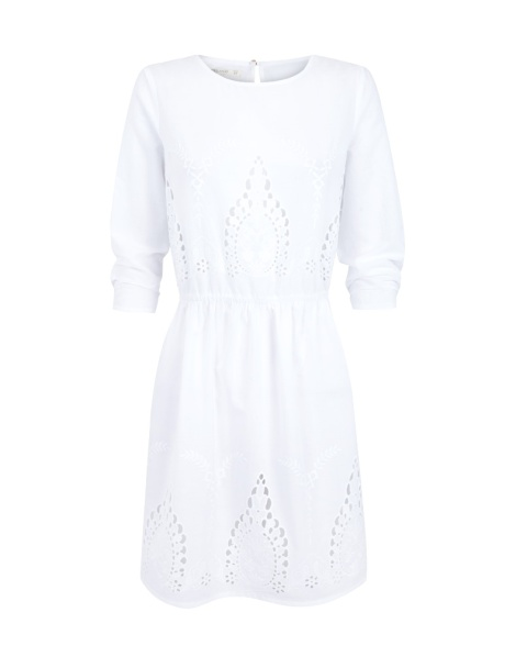 Vestido de Blanco Suite disponible por 18 euros