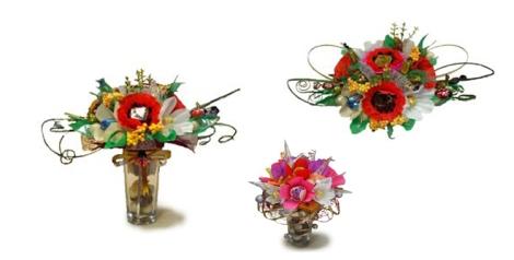 Bombones presentados con flores de papel de Nora Dulces y Salados