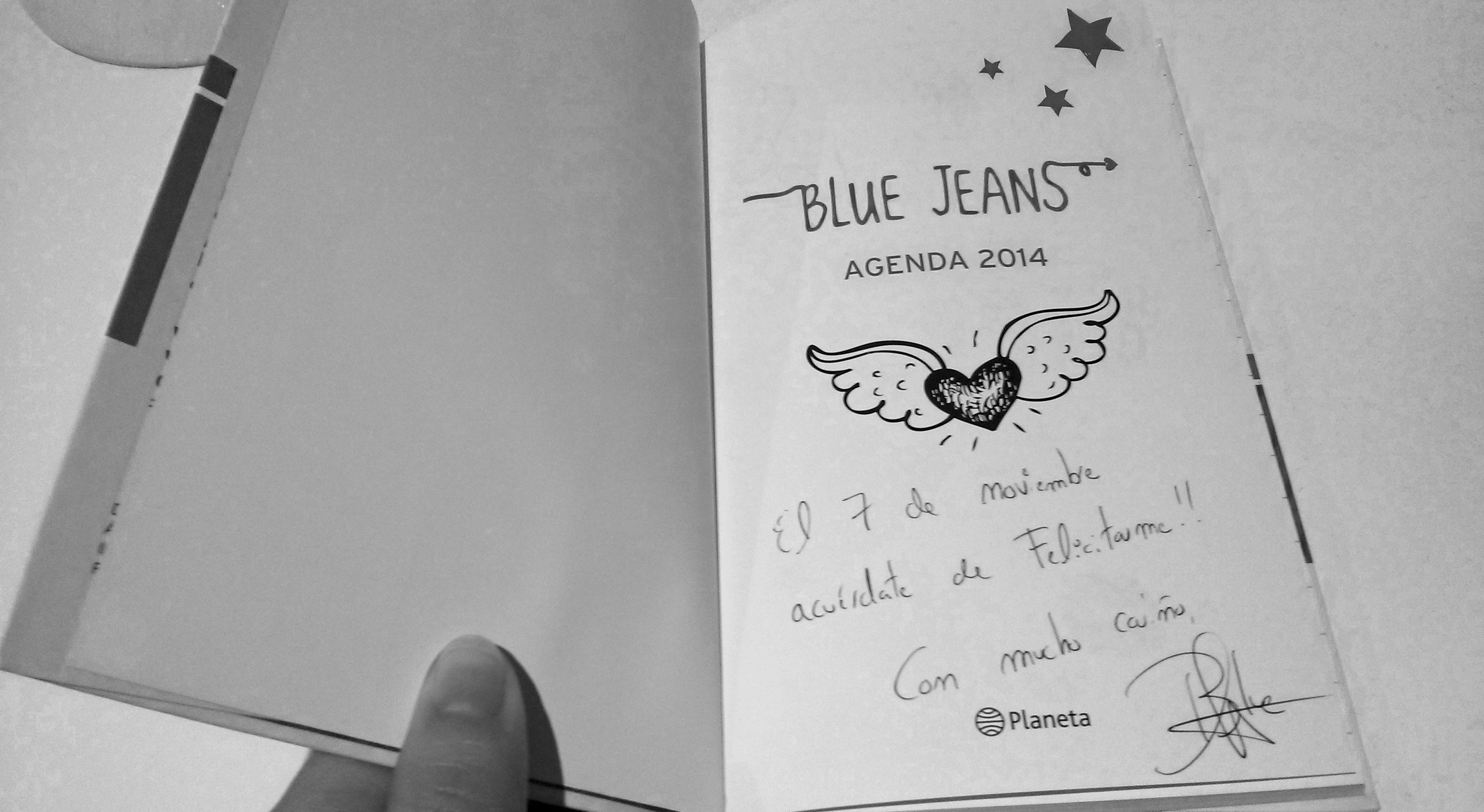 Detalle de la firma-dedicatoria de Blue Jeans