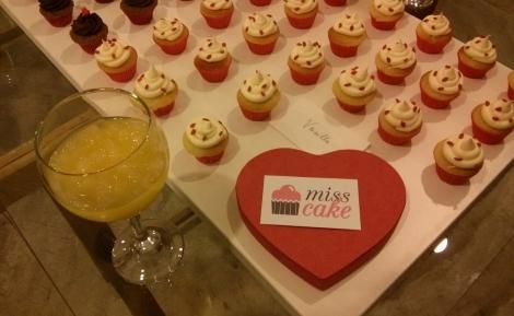 Miss cake fue la responsable de la mesa dulce de la fiesta