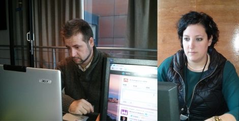 Trabajando en la oficina con el asesor de comunicación Rudesindo Hernando