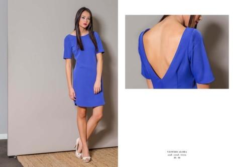 El azul caraterístico de Bárbara Torrijos en uno de los vestidos más bonitos de la colección Aloha