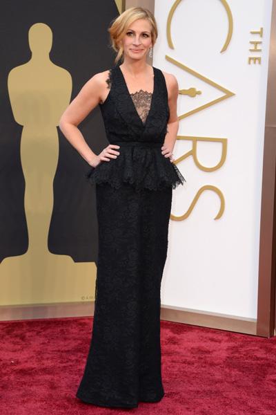 Julia Roberts de Givenchy es otra de las actrices que se decantó por el color negro. Foto Telva