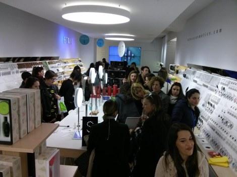 Público asistente a la fiesta de presentación de la colección primavera verano 2014 de Etnia Cosmetics
