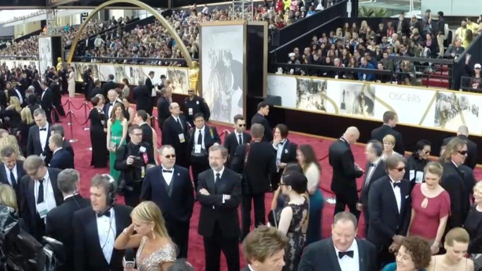 Expectación con más de 2.200 medios de comunicación acreditados sobre la alfombra roja en la 86 edición de los Oscar