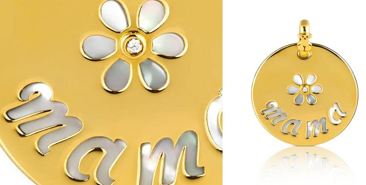 Medalla de Tous dorada y nácar para mamá