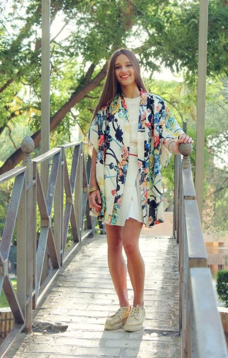 La diseñadora confecciona unos kimonos fantásticos. El de la imagen uno de mis preferidos
