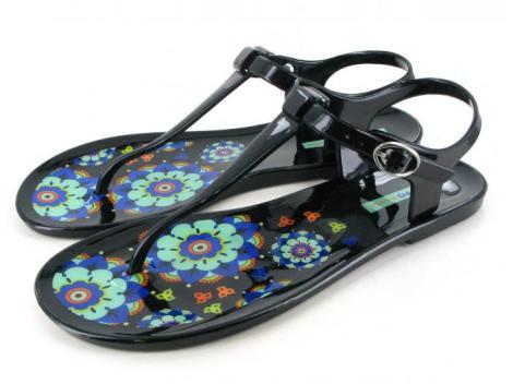 La sandalias de Gioseppo son muy económicas y muy cómodas