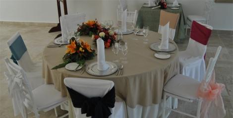 Ejemplo de mesa para boda o eventos que puede personalizarse