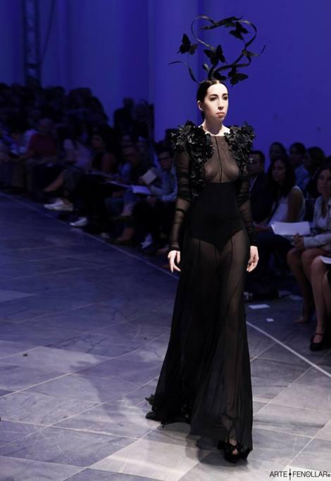 Paca del Rey con uno de los modelos de la colección Byblis en la pasada edición de la Valencia Fashion Week