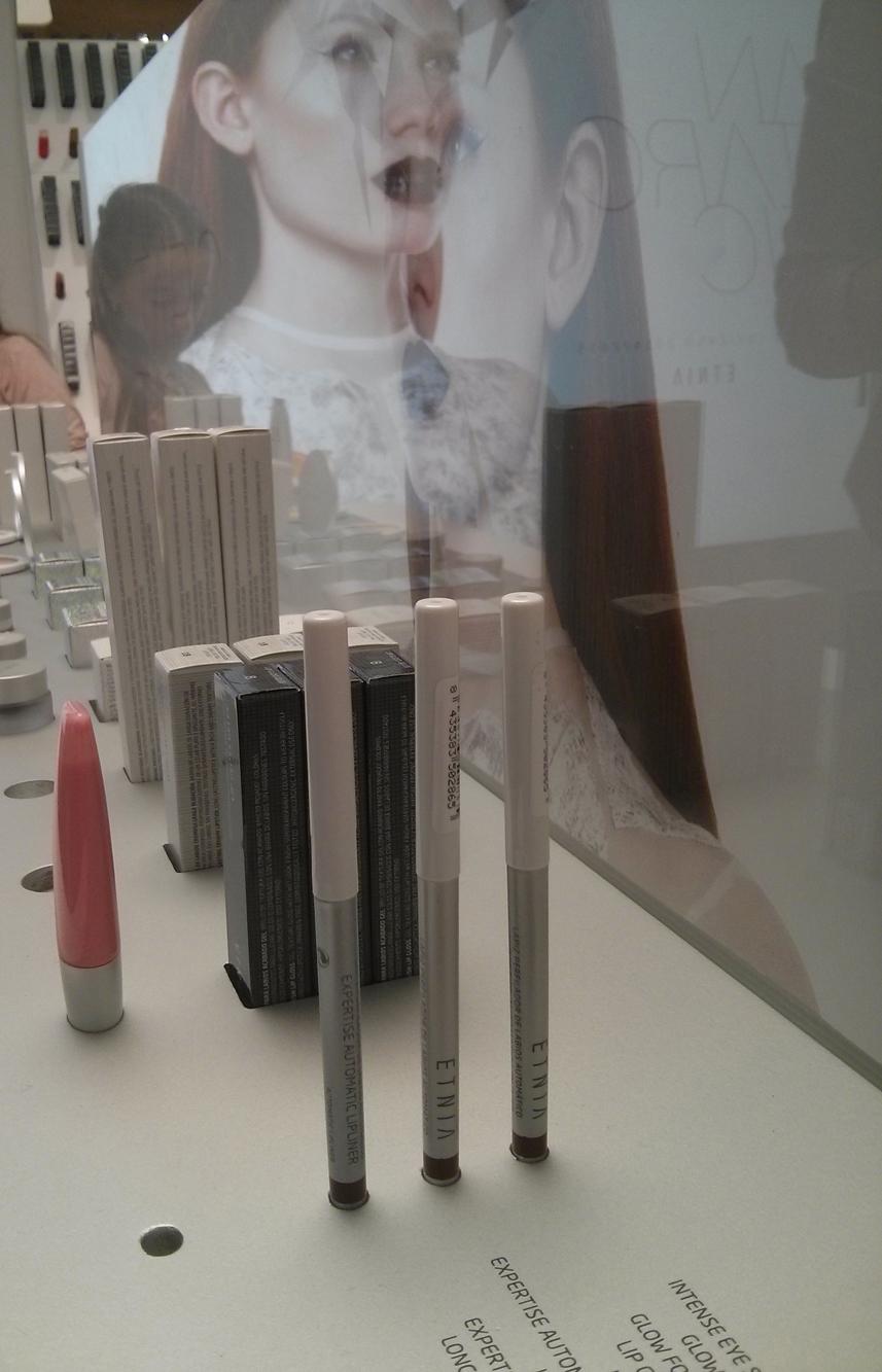 Gran variedad de productos de maquillaje de calidad a un precio increible