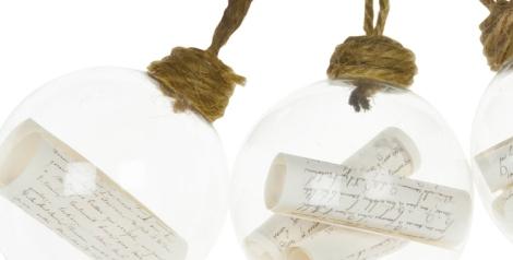 Bolas de cristal con mensaje en el interior de Zara Home