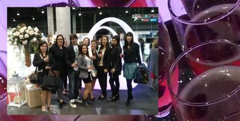 Tomando una copa con bloggers invitadas al desfile de Galerías Londres