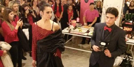 Performance de la fiesta de presentación de la nueva publicación de Creation Valencia