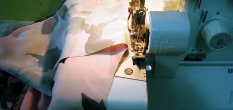 detalle puntadas kimono Sandra Beneyto en Destaca-te