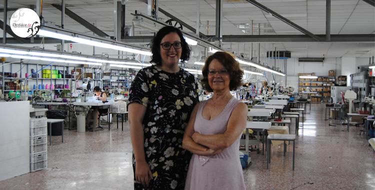 Paloma Silla con Dolores Font