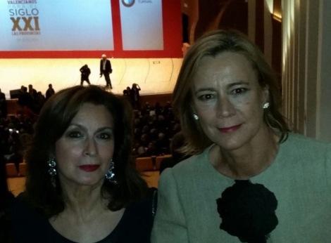Amparo Ferrando e Inmaculada Martínez, directora y secretaria respectivamente de Coso Moda