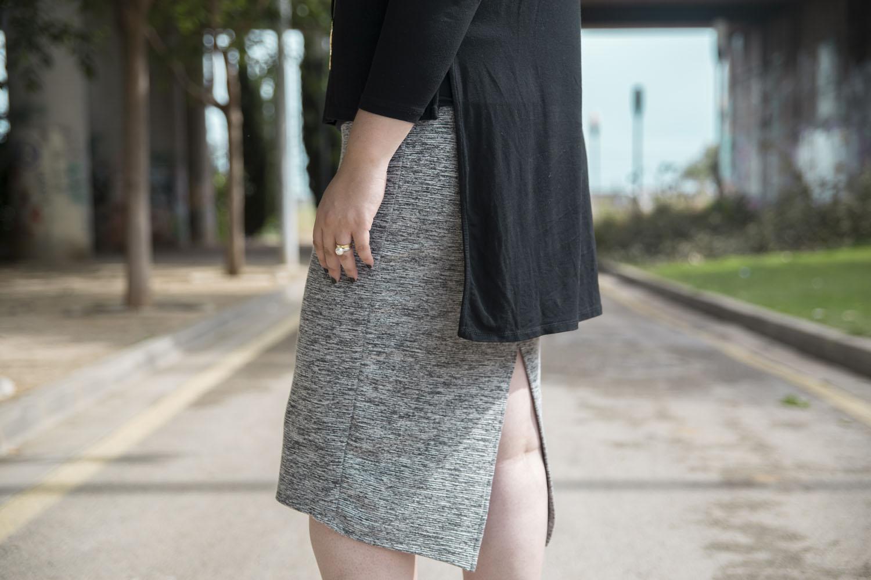 Paloma Silla Destaca-te asesoria tallas grandes curvy falda midi, top asimétrico y plata mexicana