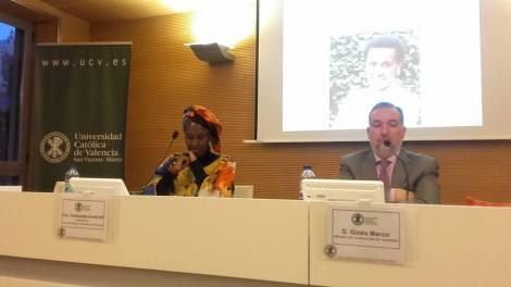 Antoinette Kankindi premio Harambee Valencia 2017 en la Universidad Católica