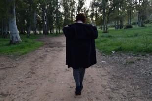 Destaca-te Paloma Silla abrigo, top y mayas cuadro escocés curvy asesoria imagen 10