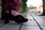 Paloma Silla Destaca-te asesoria de imagen moda tallas grandes curvy pantalón satén y volante sandalias ante