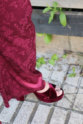 Paloma Silla Destaca-te asesoria de imagen moda tallas grandes curvy pantalón satén