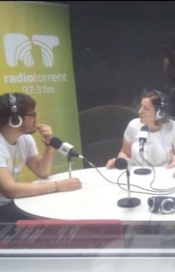 corazones abiertos Radio Torrent asociacion solidaria Paloma Silla Destaca-te Moda asesoría