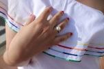 Top blanco y denim Paloma Silla Destaca-te asesoria de imagen moda curvy tallas grandes 13